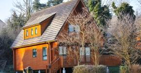 Jak przygotować dom z drewna do zimy